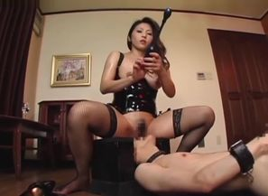 Asian Face-sitting Domina Part 1