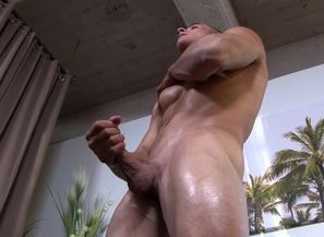 ActiveDuty Huge Penis Muscled Str8..