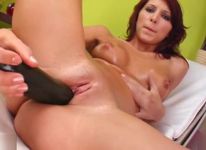 Solo fingerblasting with Anne on Sapphix