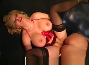 Melanie Moon Old-school Group sex -..