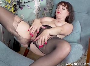 Crazy cougar rips her dark-hued..