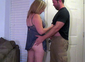 wifey cheats with neighbor cum shot on..