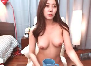 Korean big-chested honey demonstrating..