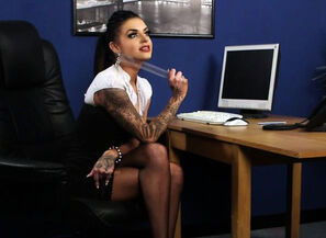 Tattoo cfnm dominatrix gets spunk